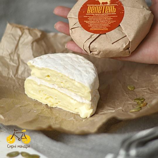 камамбер сир велетень