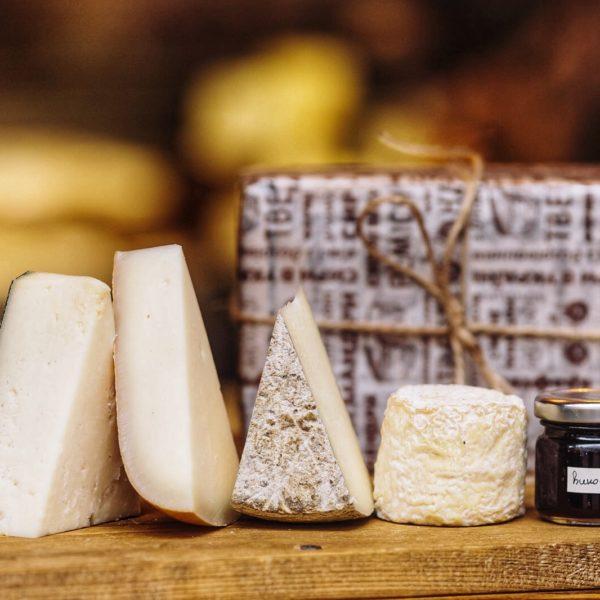 набір крафтових сирів