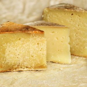 набір твердих сирів з овечого молока