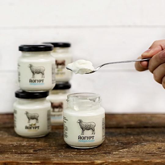 йогурт овечий густий